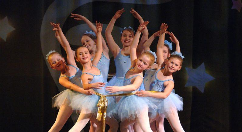 Танцы для детей в Остафьево